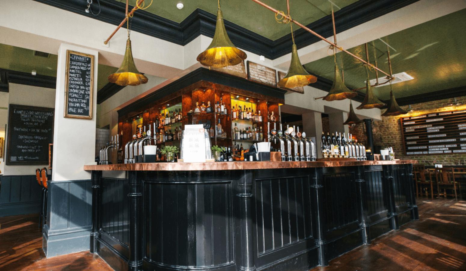The Defectors Weld Pub Resturant In Sheperds Bush