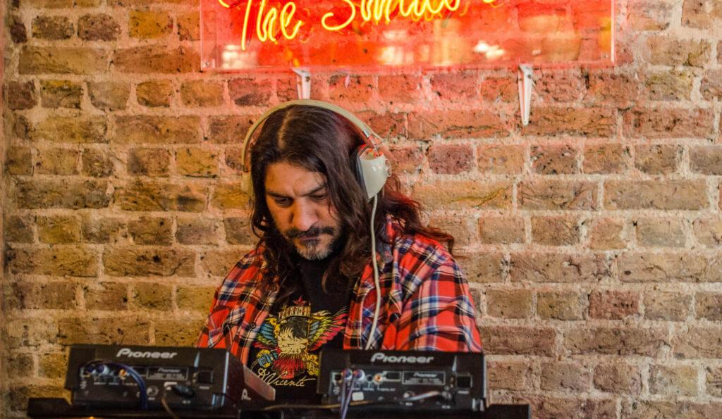 dj-party-live-music-best-pub-west-london-shepherds-bush
